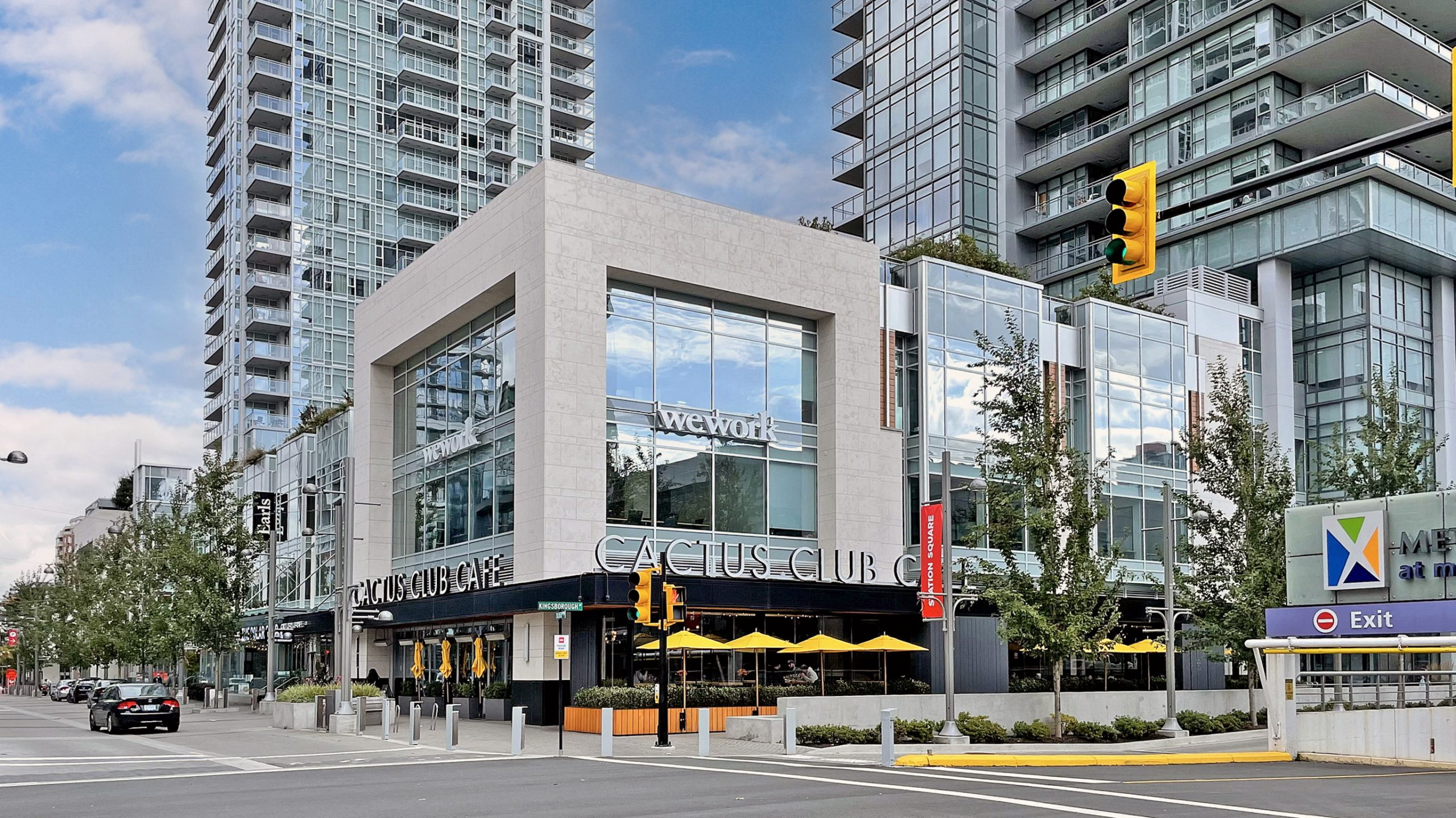 5202-4670 Assembly Way Metrotown Luxury Condo for Sale